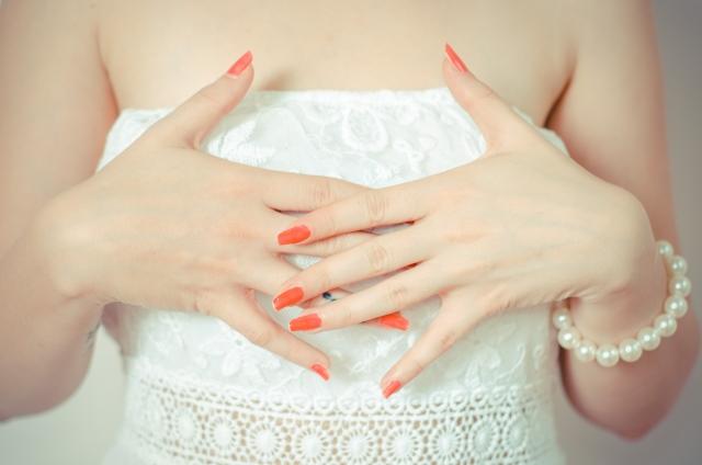 知花くらら 結婚してる?から結婚した!に進化!上山竜治との幸せを応援したい。